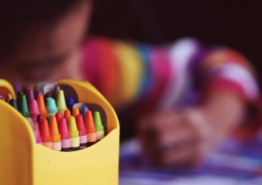 colorear niño
